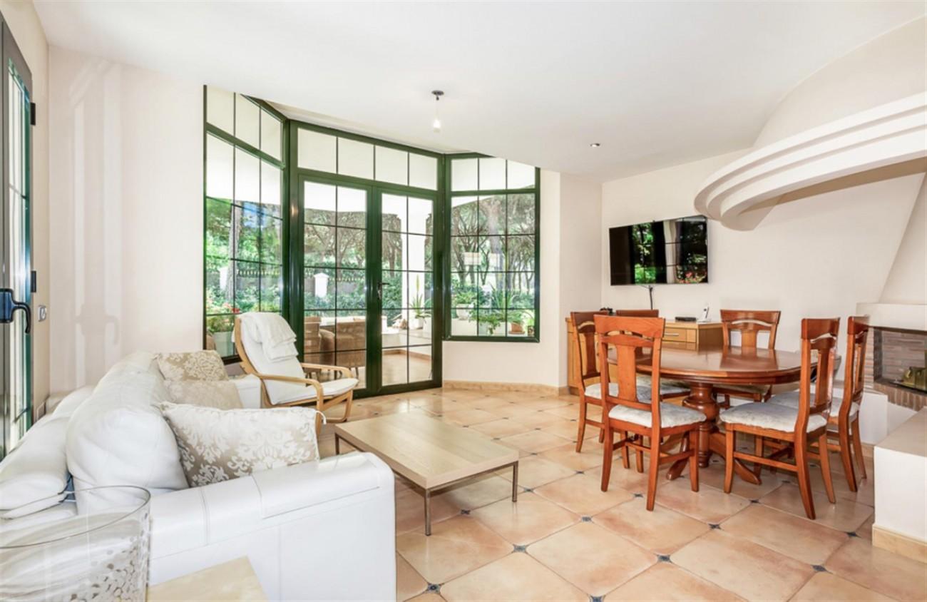 Villa for sale East Marbella Spain (17) (Large)