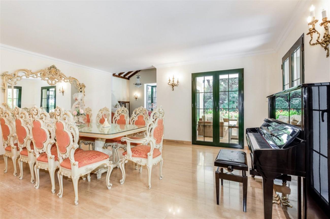 Villa for sale East Marbella Spain (5) (Large)