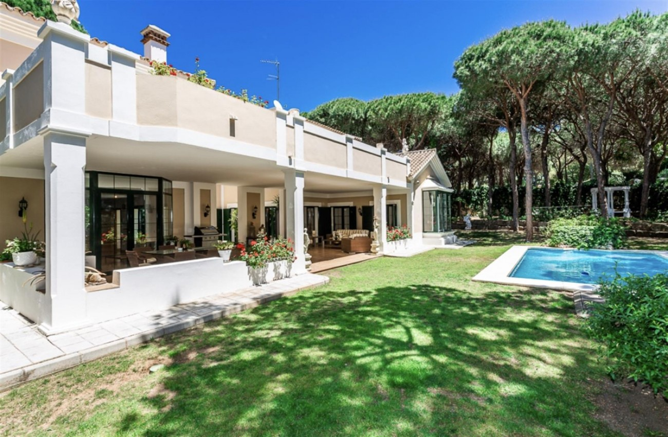 Villa for sale East Marbella Spain (27) (Large)