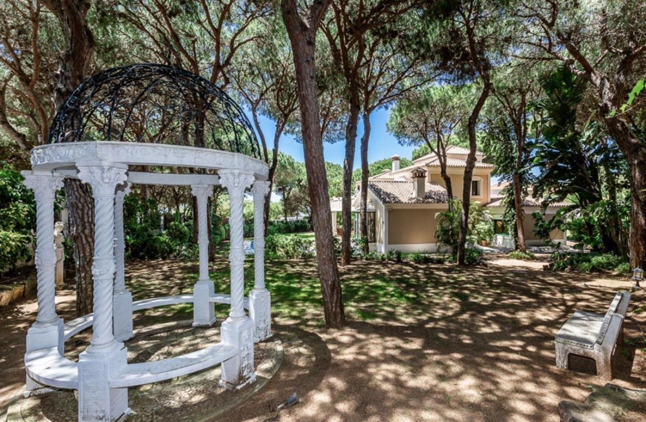 Villa for sale East Marbella Spain (20) (Large)