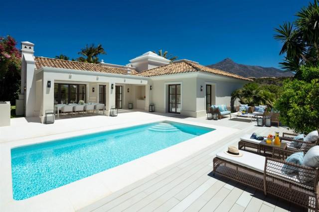 Villa for Sale - 1.995.000€ - Nueva Andalucía, Costa del Sol - Ref: 5977