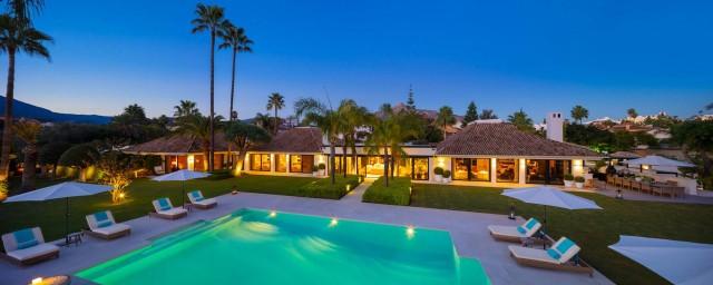 Villa for Sale - 13.900.000€ - Nueva Andalucía, Costa del Sol - Ref: 5980