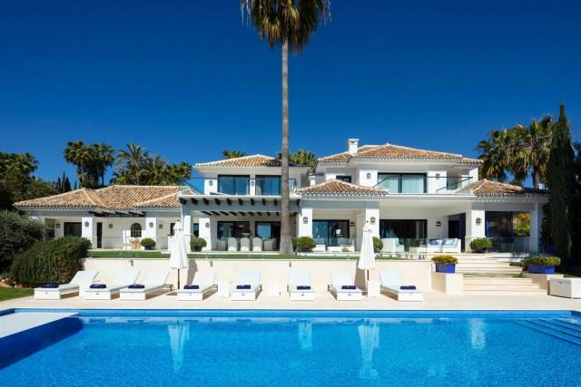 Villa for Sale - 5.500.000€ - Nueva Andalucía, Costa del Sol - Ref: 5981
