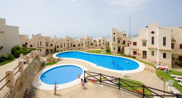 For sale: 2 bedroom apartment / flat in Casares, Costa del Sol