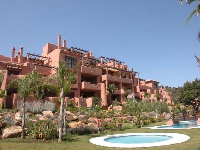For sale: 3 bedroom apartment / flat in Marbella, Costa del Sol