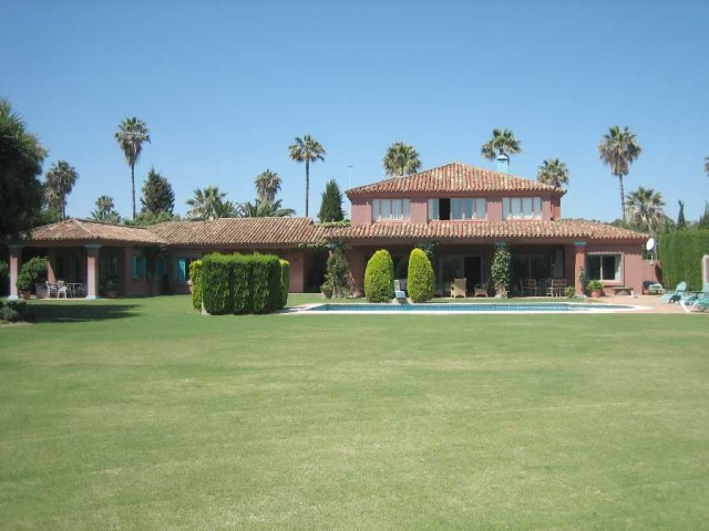 For sale: 6 bedroom house / villa in San Roque