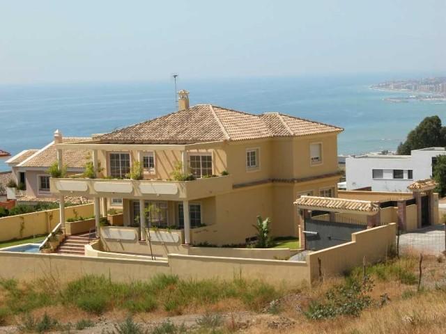 For sale: 5 bedroom house / villa in Benalmadena, Costa del Sol
