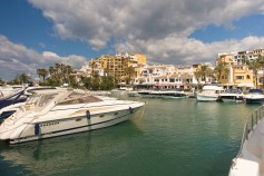 530982 - Commercial for sale in Cabopino, Marbella, Málaga, Spain