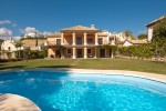 HOT-V2164-SSC - Villa for sale in Estepona, Málaga, Spain