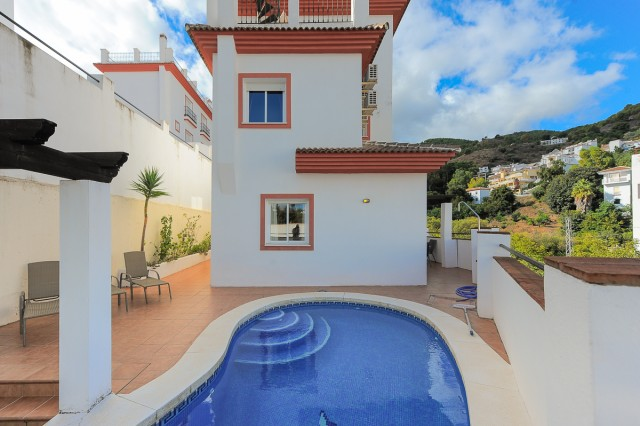 For sale: 3 bedroom house / villa in Tolox