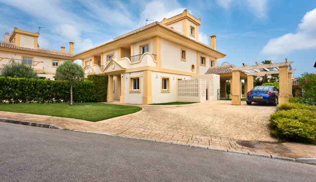 For sale: 4 bedroom house / villa in San Roque