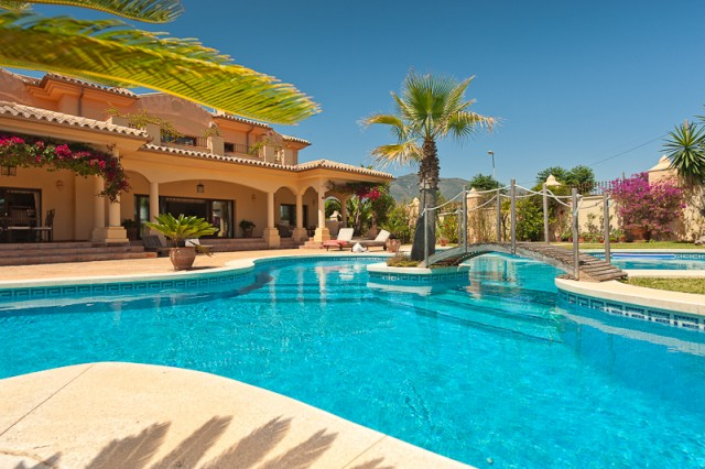 For sale: 4 bedroom house / villa in Mijas Costa, Costa del Sol