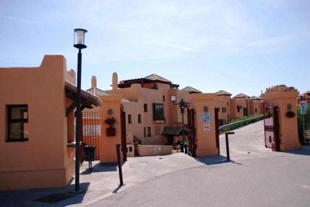 For sale: 2 bedroom apartment / flat in Calahonda, Costa del Sol