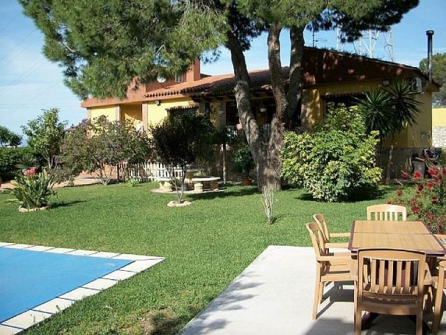For sale: 4 bedroom house / villa in Alhaurín de la Torre