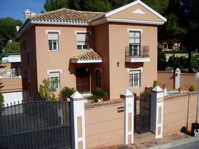 For sale: 6 bedroom house / villa in Mijas Costa
