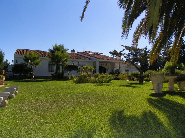For sale: 4 bedroom house / villa in Málaga