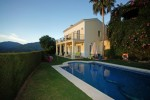 V2757-SSC - Villa for sale in Sierra Blanca Country Club, Istán, Málaga, Spain