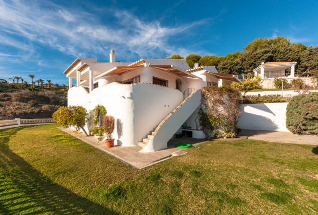 For sale: 4 bedroom house / villa in Nerja, Costa del Sol