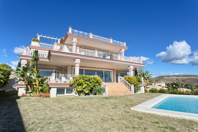For sale: 8 bedroom house / villa in Benahavis