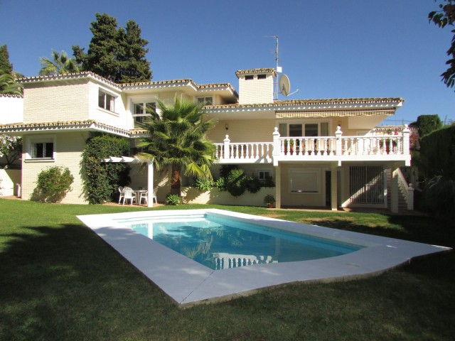 For sale: 5 bedroom house / villa in Benalmadena