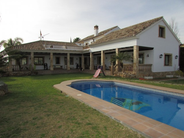 For sale: 5 bedroom house / villa in Mijas