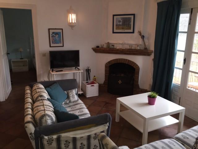 2 bedroom apartment / flat for sale in Benahavis, Costa del Sol