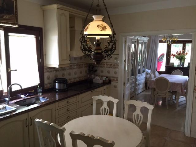 3 bedroom house / villa for sale in Calahonda, Costa del Sol