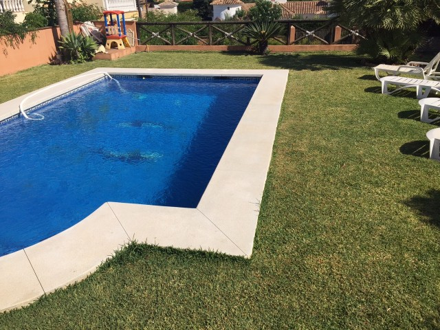 4 bedroom house / villa for sale in Mijas Costa, Costa del Sol