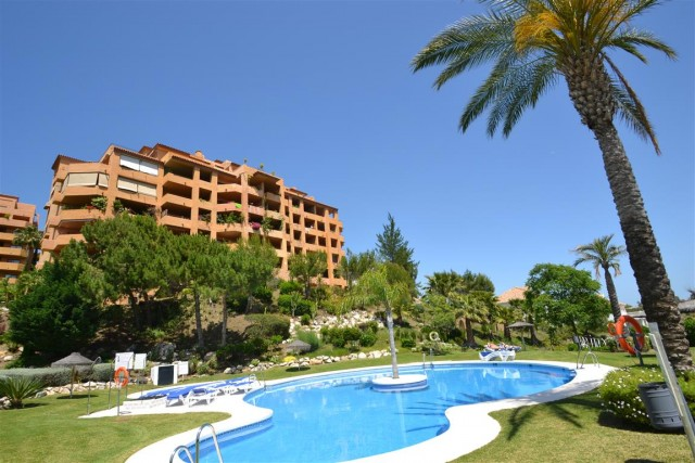 For sale: 3 bedroom apartment / flat in Estepona