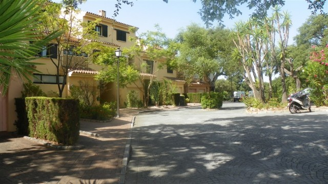 5 bedroom house / villa for sale in San Roque, Costa de la Luz