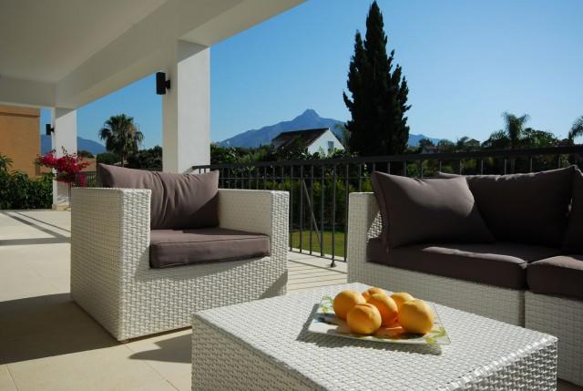 6 bedroom house / villa for sale in Marbella, Costa del Sol