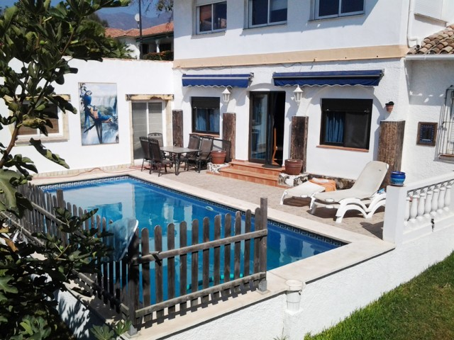 5 bedroom house / villa for sale in Marbella, Costa del Sol