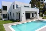 V4573-SSC - Villa for sale in Estepona, Málaga, Spain