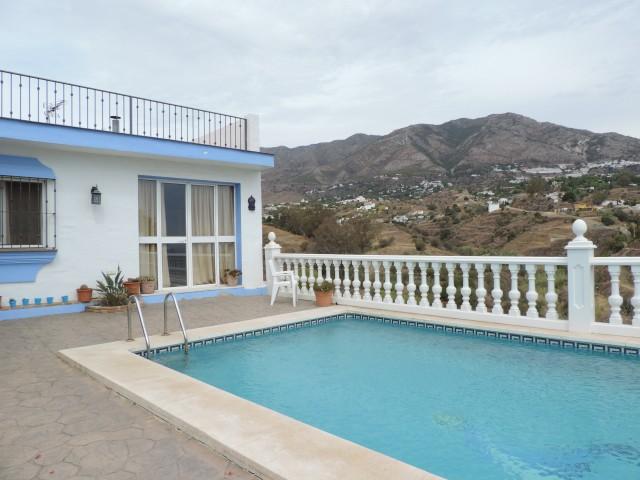 4 bedroom house / villa for sale in Mijas Costa, Costa del Sol