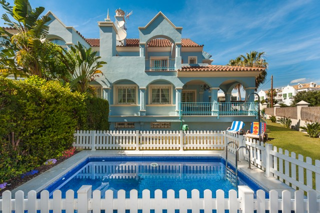 For sale: 6 bedroom house / villa in Marbella, Costa del Sol
