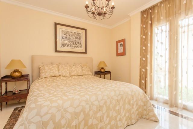 8 bedroom house / villa for sale in Marbella, Costa del Sol
