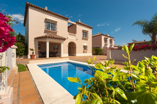 For sale: 3 bedroom house / villa in San Roque, Costa de la Luz