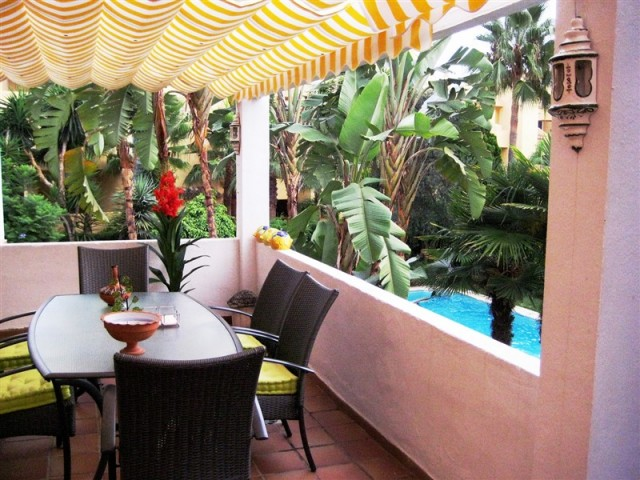 5 bedroom apartment / flat for sale in Marbella, Costa del Sol