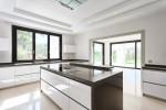 17_open_kitchen.jpg