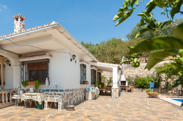 For sale: 3 bedroom finca in Periana, Costa del Sol