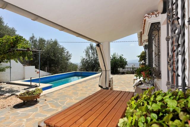 3 bedroom finca for sale in Periana, Costa del Sol