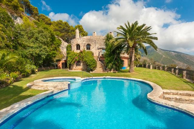 For sale: 6 bedroom house / villa in Mijas
