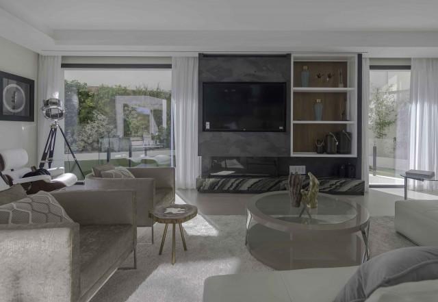6 bedroom house / villa for sale in Benahavis, Costa del Sol