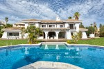 OLP-V2216-SSC - Villa for sale in Nueva Andalucía, Marbella, Málaga, Spain