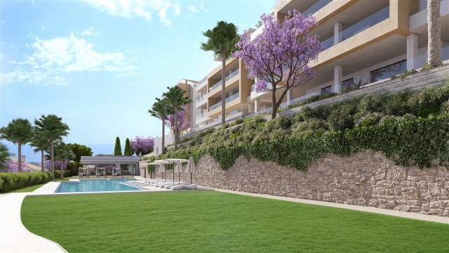 2 bedroom apartment / flat for sale in Benalmadena, Costa del Sol