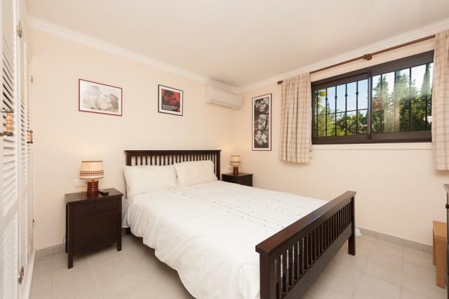5 bedroom house / villa for sale in San Roque, Costa de la Luz