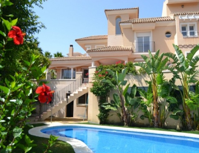For sale: 4 bedroom house / villa in Manilva, Costa del Sol