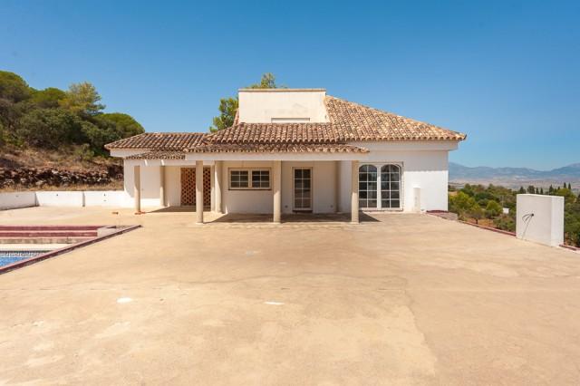 9 bedroom house / villa for sale in Alhaurín el Grande, Costa del Sol