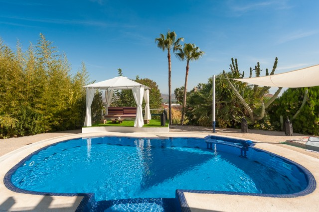 5 bedroom house / villa for sale in Alhaurín el Grande, Costa del Sol