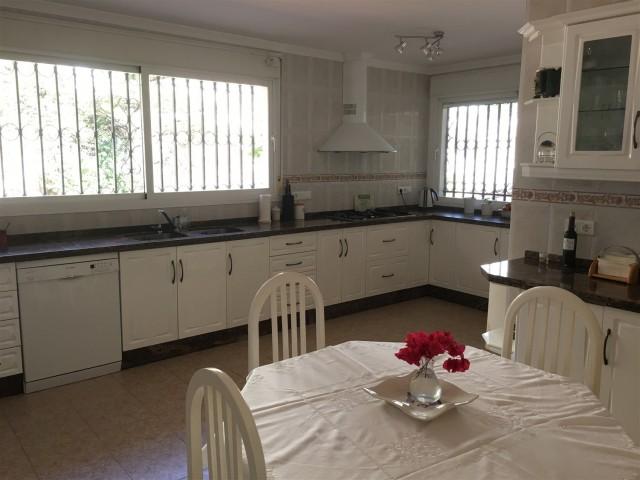 5 bedroom house / villa for sale in Benalmadena, Costa del Sol